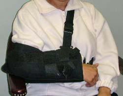 Indossare un tutore proteggerà la vostra spalla dopo l'intervento chirurgico